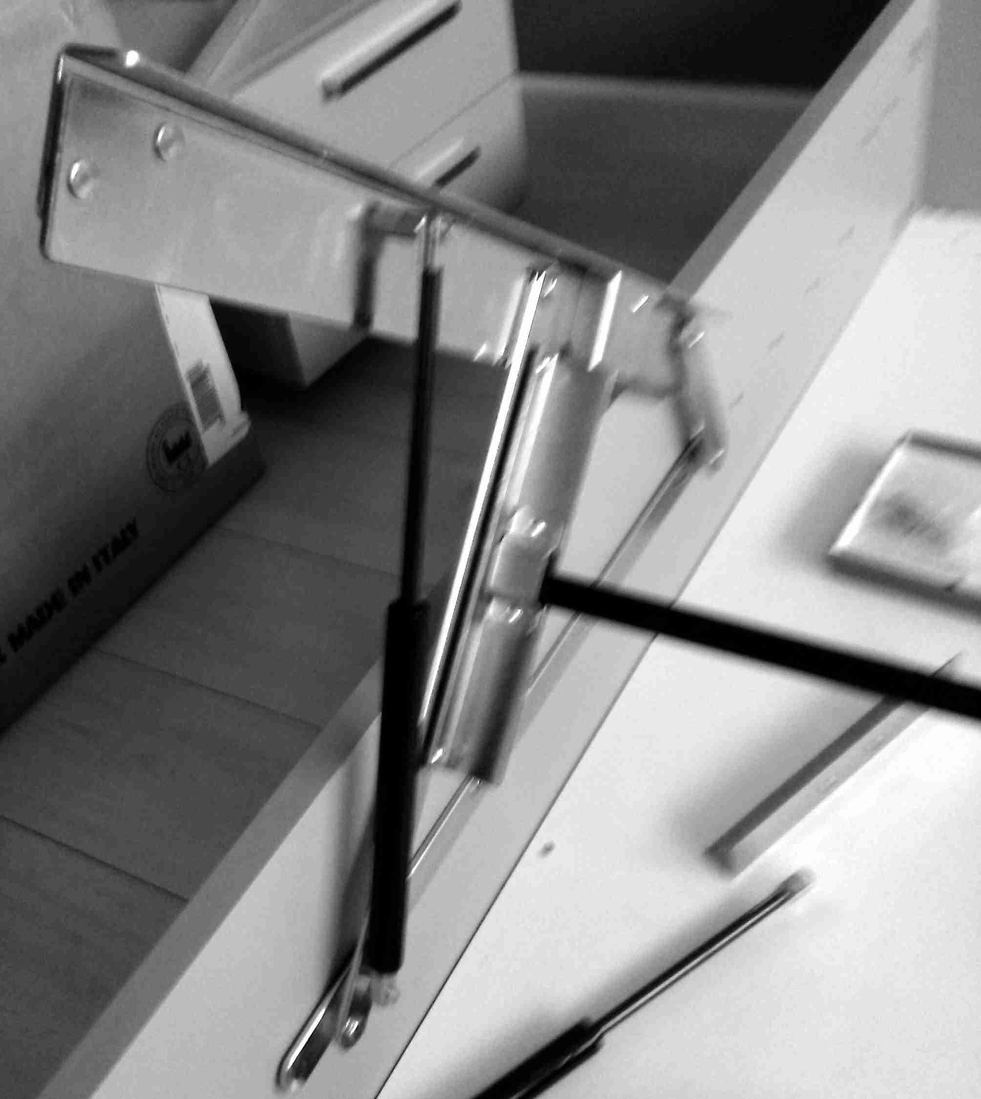 Kit Meccanismo Completo Di Pistoni Per Letto Contenitore