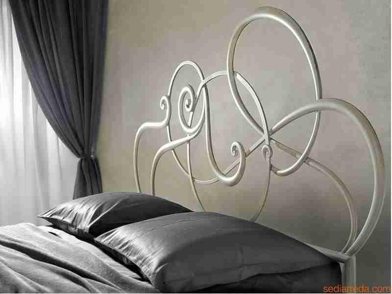 jazz-letto-matrimoniale-in-ferro-battuto-bianco-anticato-oro ...