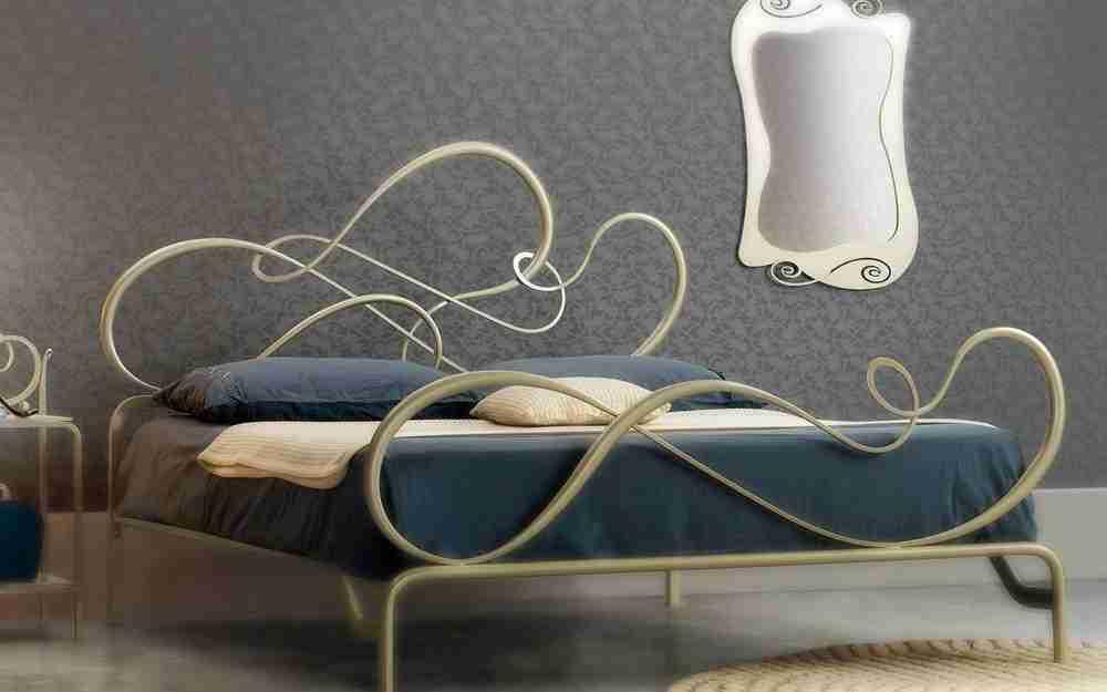 Letto in ferro battuto design moderno modello BLUES